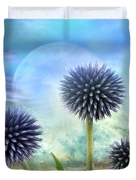 Avantgarde Duvet Cover by Manfred Lutzius