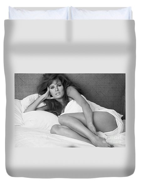 Raquel Welch Duvet Cover by Terry O'Neill