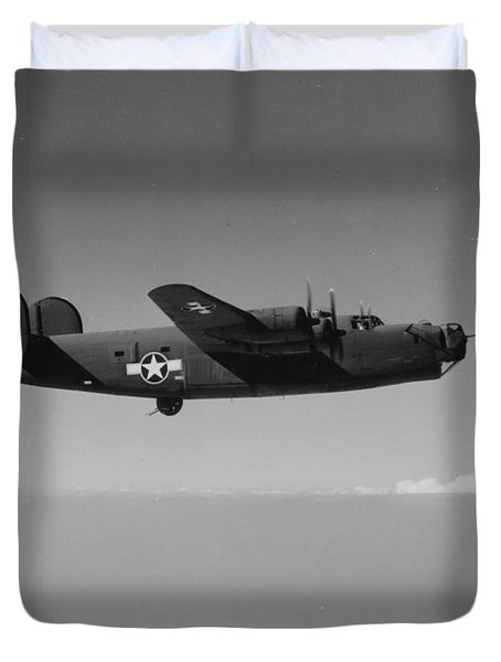 Wwii Us Aircraft In Flight Duvet Cover by American School