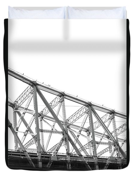59th Street Bridge, Black And White Duvet Cover by Sandy Taylor