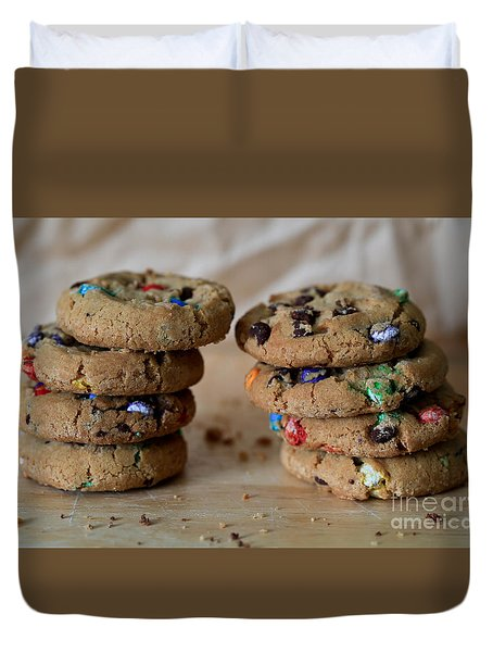 A Balanced Diet Is A Cookie In Each Hand Duvet Cover by Tracy Hall