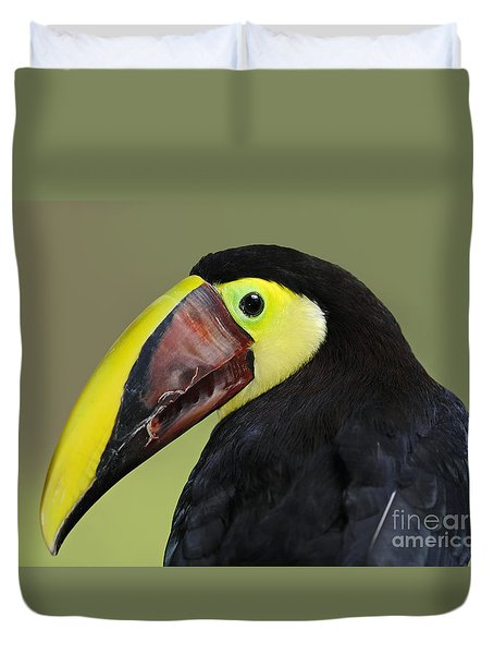 A Bird For His Bill.. Duvet Cover by Nina Stavlund