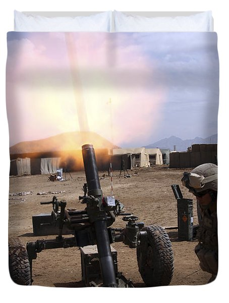 A U.s. Marine Corps Gunner Fires Duvet Cover by Stocktrek Images