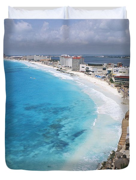 Aerial Of Cancun Duvet Cover by Bill Bachmann - Printscapes