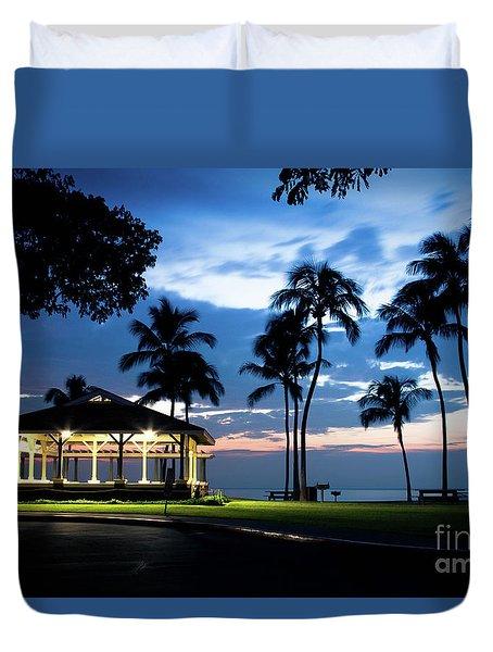 Alii Kahekili Nui Ahumanu Beach Park Hanakaoo Kaanapali Maui Hawaii Duvet Cover by Sharon Mau