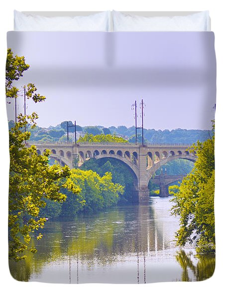Along the Schuylkill River in Manayunk Duvet Cover by Bill Cannon