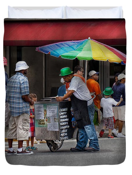 Americana - Mountainside Nj - Buying Ices  Duvet Cover by Mike Savad