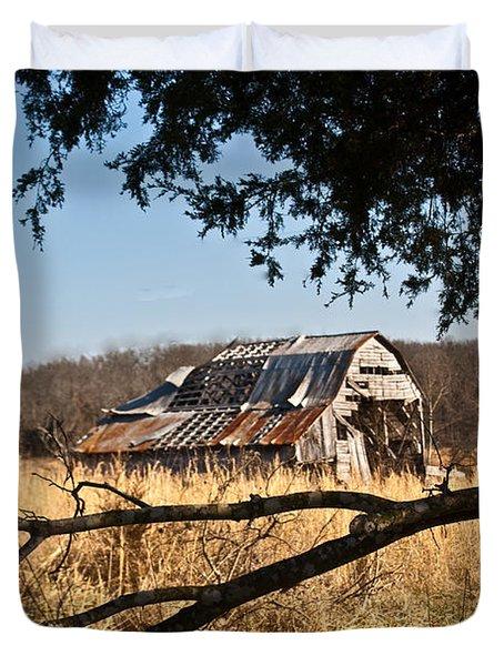 Arkansas Barn 1 Duvet Cover by Douglas Barnett