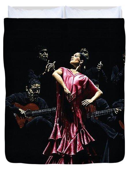 Bailarina Orgullosa del Flamenco Duvet Cover by Richard Young