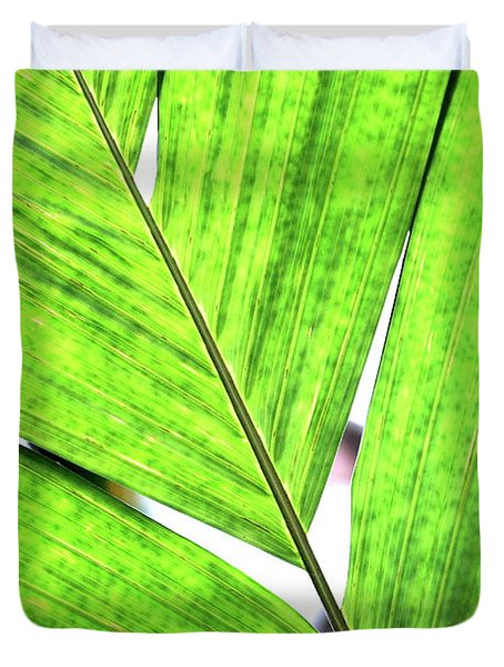 Big Green Leaf . 7D5763 Duvet Cover by Wingsdomain Art and Photography
