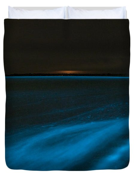 Bioluminescence In Waves Duvet Cover by Philip Hart