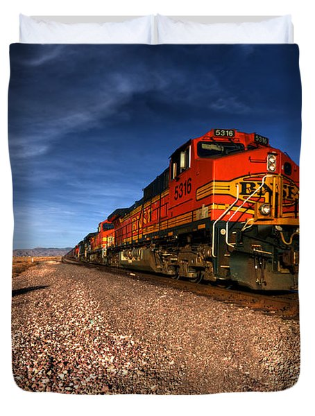 Bnsf Freight  Duvet Cover by Rob Hawkins