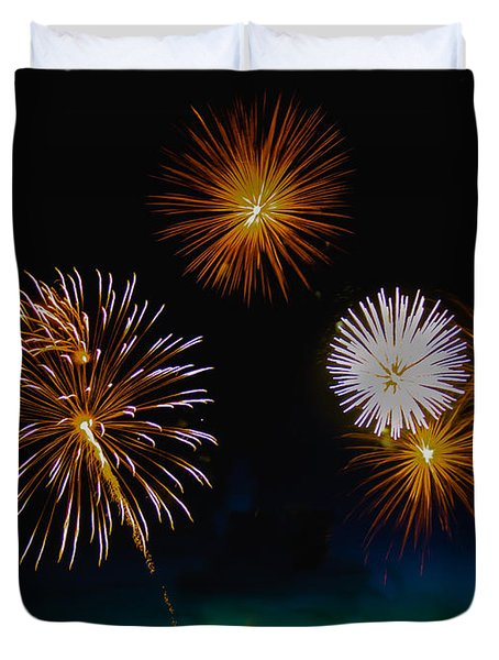 Bombs Bursting In The Air Duvet Cover by Robert Bales