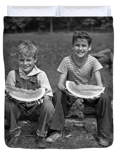 Boys Eating Watermelons, C.1940s Duvet Cover by H. Armstrong Roberts/ClassicStock