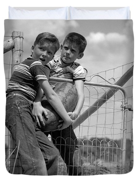 Boys Stealing A Watermelon, C.1950s Duvet Cover by H. Armstrong Roberts/ClassicStock