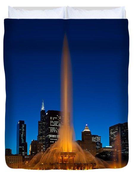 Buckingham Fountain Nightlight Chicago Duvet Cover by Steve Gadomski