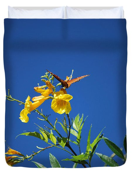 Butterfly In The Sonoran Desert Musuem Duvet Cover by Donna Van Vlack