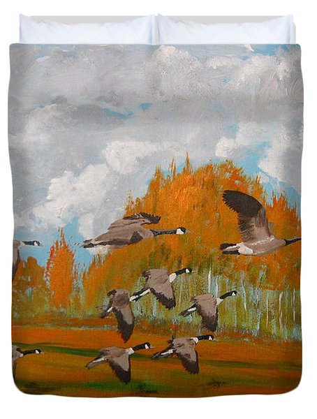 Canadian Geese Duvet Cover by Richard Le Page