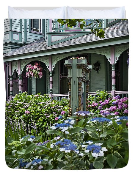 Cape May House And Garden. Duvet Cover by John Greim