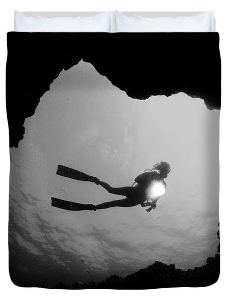 Cave Diver - BW Duvet Cover by Dave Fleetham - Printscapes