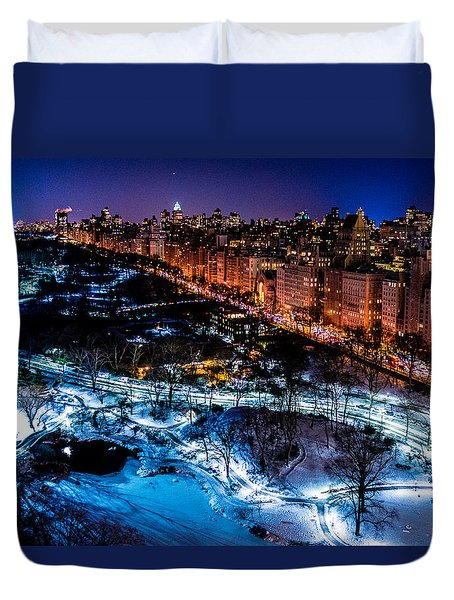 Duvet Cover featuring the photograph Central Park by M G Whittingham
