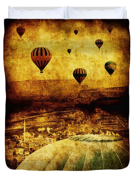 Cerebral Hemisphere Duvet Cover by Andrew Paranavitana