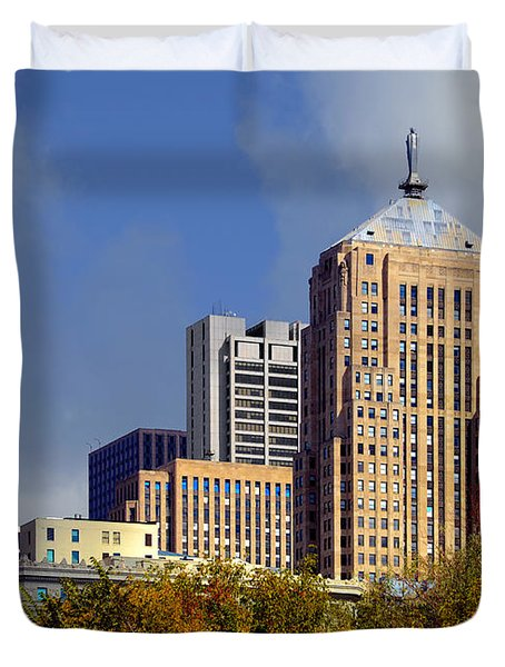 Chicago Board Of Trade Building - Cbot Duvet Cover by Christine Till