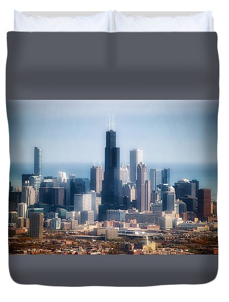 Chicago Looking East 02 Duvet Cover by Thomas Woolworth