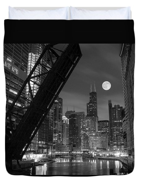 Chicago Pride Of Illinois Duvet Cover by Frozen in Time Fine Art Photography