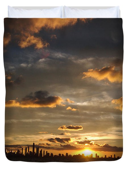 Chicago Skyline Sunset Duvet Cover by Steve Gadomski