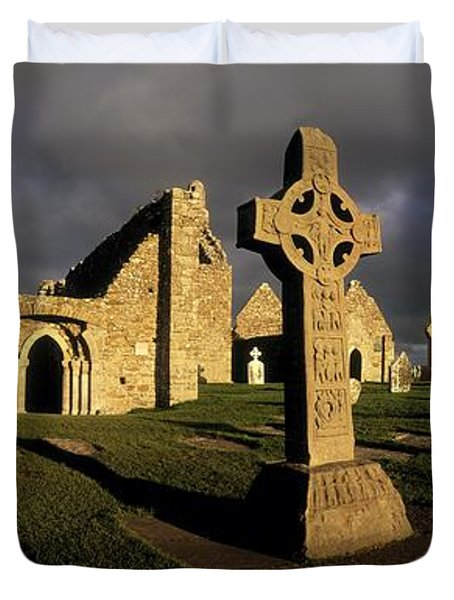 Clonmacnoise Monastery, Co Offaly Duvet Cover by The Irish Image Collection