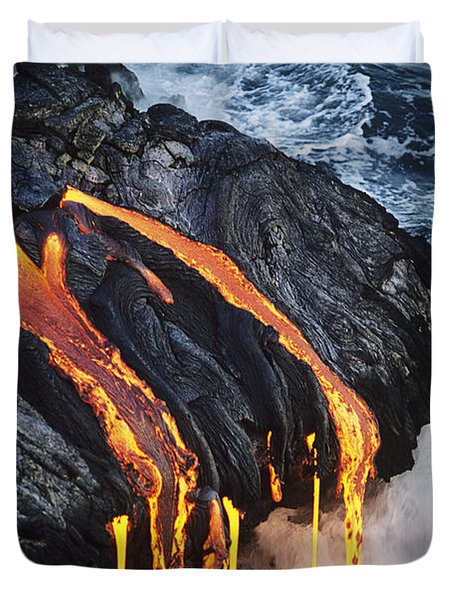 Close-up Lava Duvet Cover by Don King - Printscapes