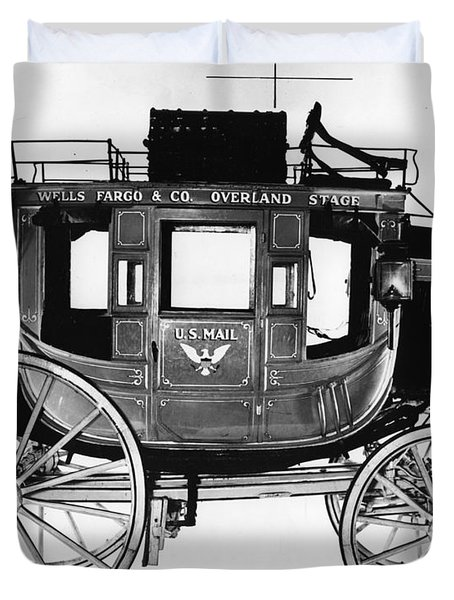 Concord Stagecoach Duvet Cover by Photo Researchers, Inc.