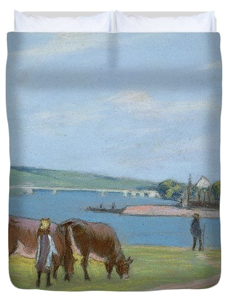 Cows On The Banks Of The Seine At Saint Mammes Duvet Cover by Alfred Sisley