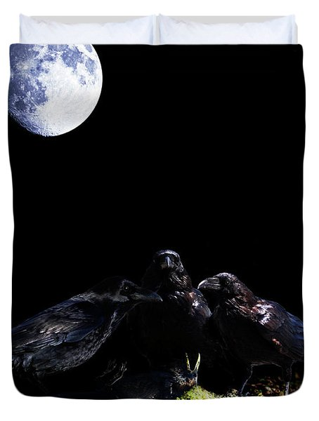 Death of a Young Raven Duvet Cover by Wingsdomain Art and Photography