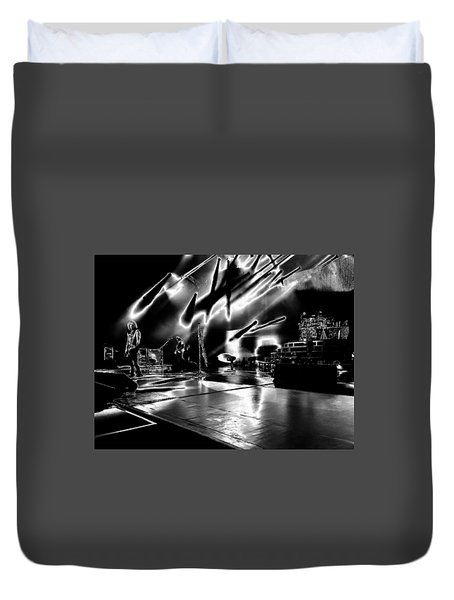 Def Leppard At Saratoga Springs 5 Duvet Cover by David Patterson