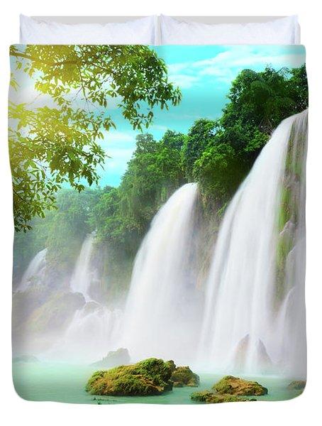 Detian Waterfall Duvet Cover by MotHaiBaPhoto Prints