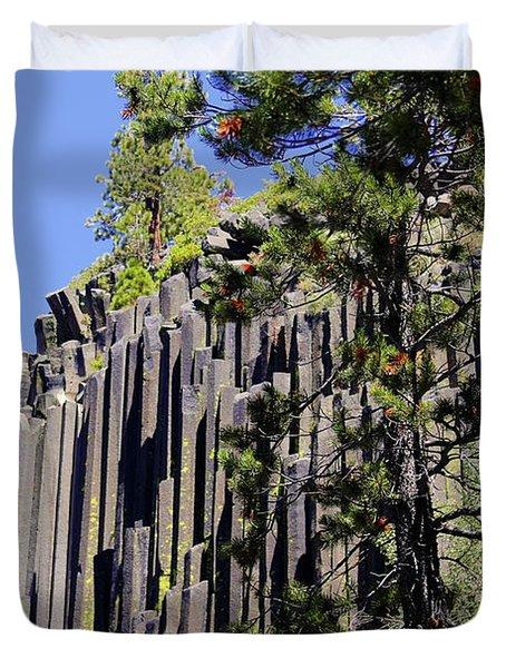 Devils Postpile - America's Volcanic Past Duvet Cover by Christine Till