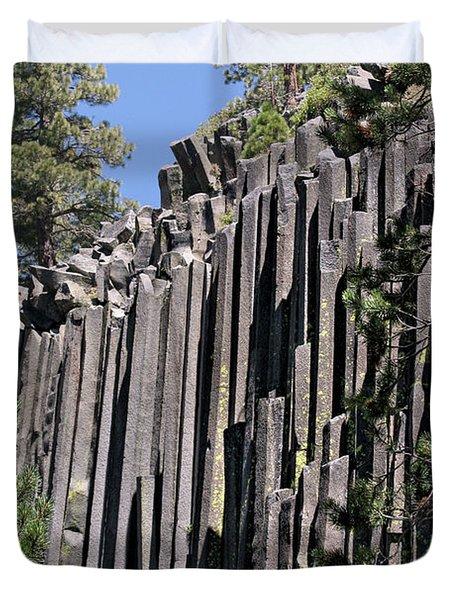 Devils Postpile National Monument - Mammoth Lakes - East California Duvet Cover by Christine Till