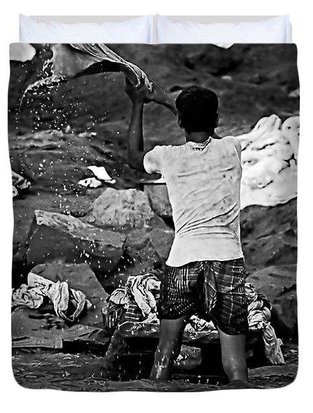 Dhobi Wallah Bw Duvet Cover by Steve Harrington