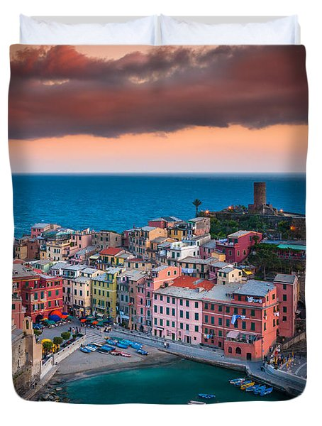 Evening Rolls Into Vernazza Duvet Cover by Inge Johnsson