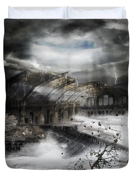 Eye Of The Storm Duvet Cover by Mary Hood