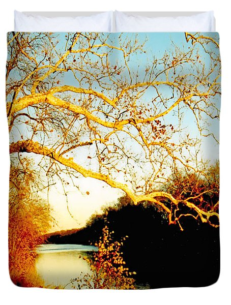 Fall At The Raritan River In New Jersey Duvet Cover by Christine Till