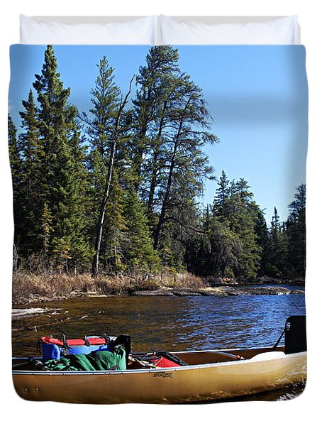 Farewell To Hope Lake Duvet Cover by Larry Ricker
