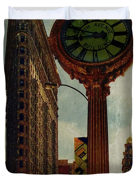 Fifth Avenue Clock And The Flatiron Building Duvet Cover by Chris Lord