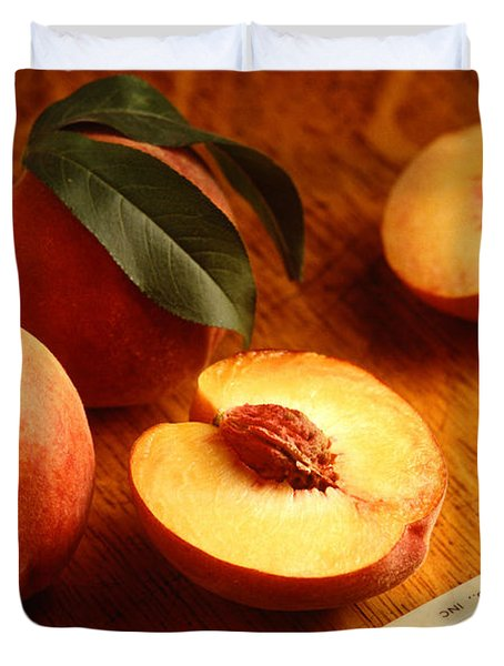 Flavorcrest Peaches Duvet Cover by Photo Researchers