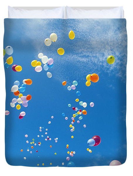 Float Away Duvet Cover by Bob Abraham - Printscapes