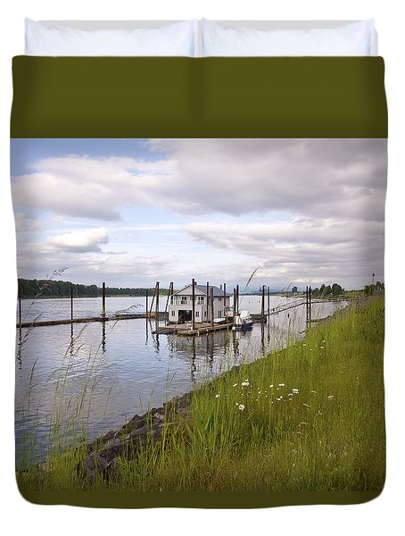Floating House On The Columbia River Oregon. Duvet Cover by Gino Rigucci