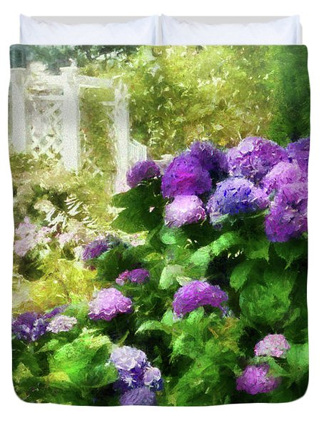 Flower - Hydrangea - Lovely Hydrangea  Duvet Cover by Mike Savad