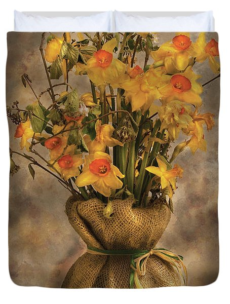 Flower - Daffodils In A Burlap Vase Duvet Cover by Mike Savad